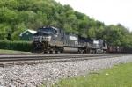 PPLX hopper train